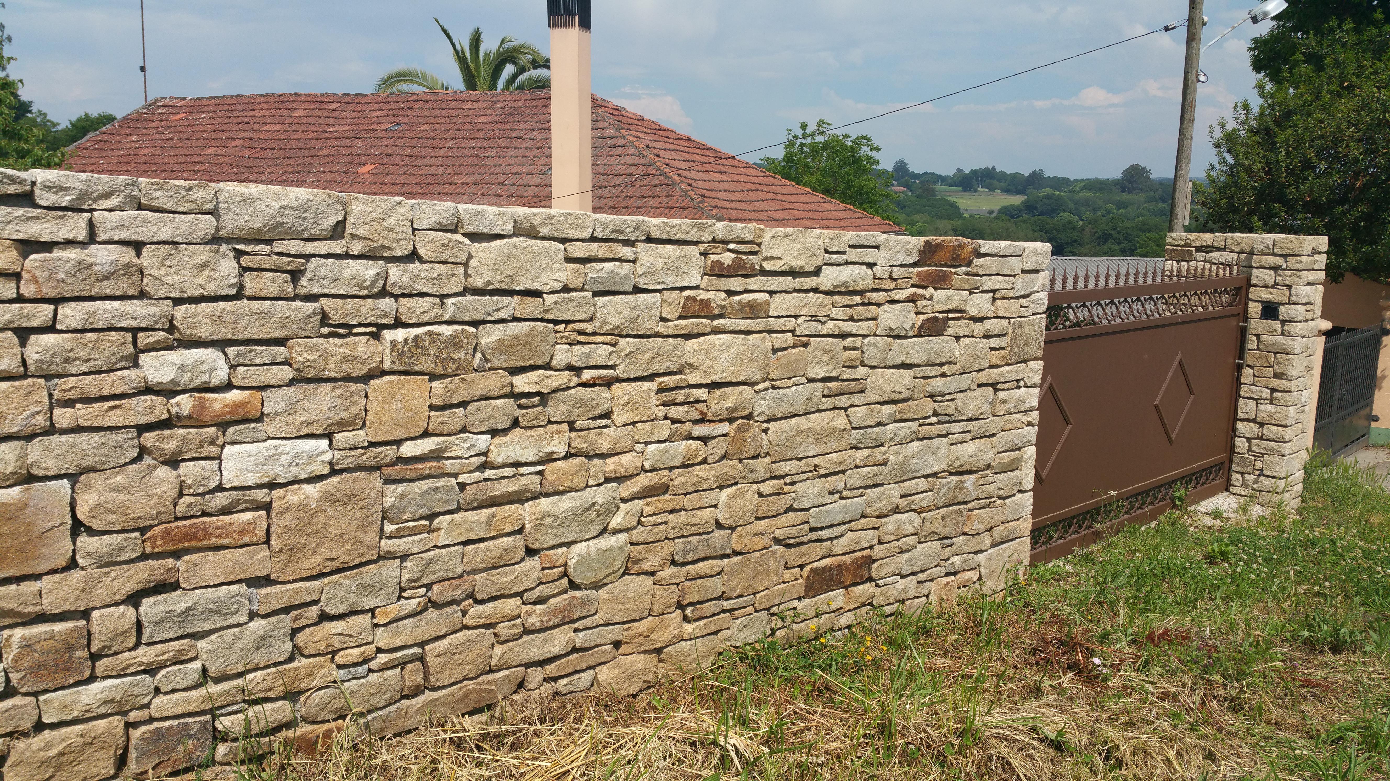 pedra-muro-selc
